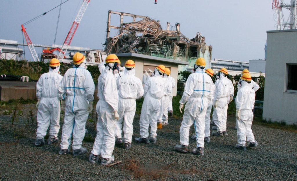 Remediation Experts Surround Reactors at Power Plant