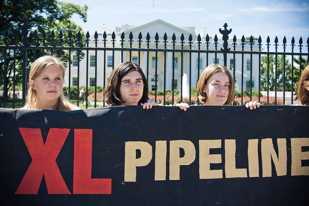 Pipeline Protestors in Front of the Whitehouse