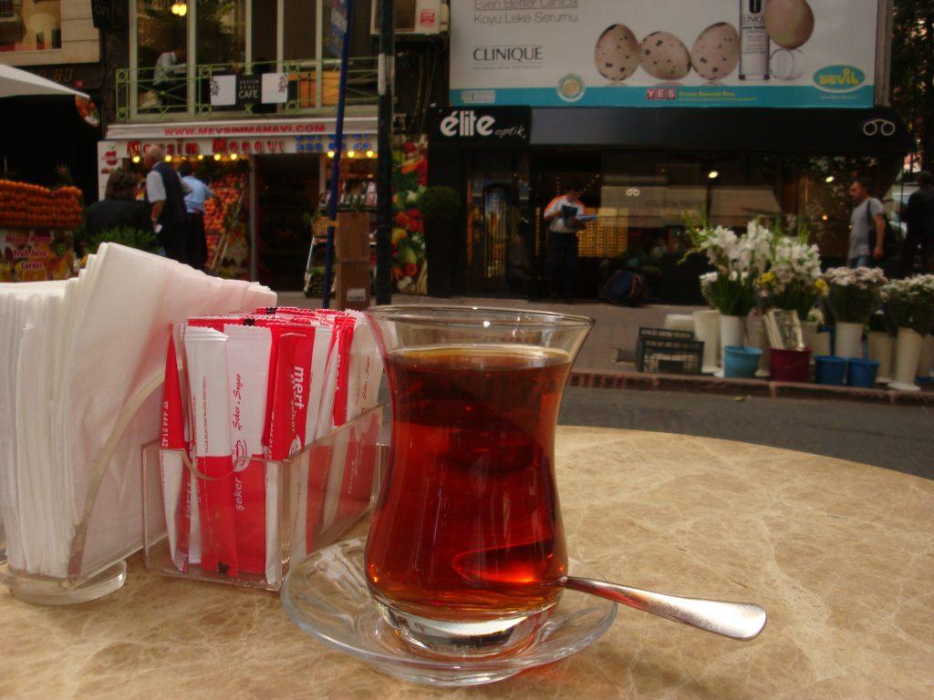 Image of Tea at Kahve Dunyasi, Istanbul, Turkey. by Melinda McClimans. C.C.0
